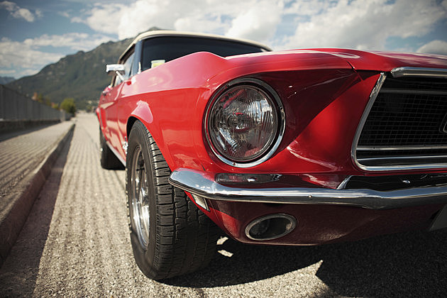 A photo of a classic muscle car. (stokkete, ThinkStock)
