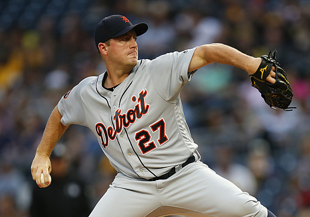 Detroit Tigers pitcher Jordan Zimmermann delivers a pitch during  the August 7th contest against  the Pittsburgh Pirates. (Justin K. Aller - Getty Images)